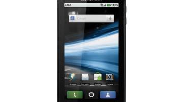 Motorola Atrix: Is it a phone? A laptop? A desktop? Yes!