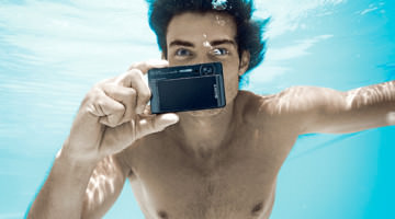 3 Reasons Why You Need a Waterproof Camera for Summer